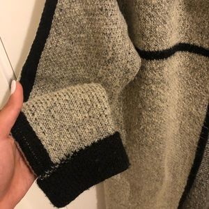 Sweaters - Cozy Black and Gray Cardigan